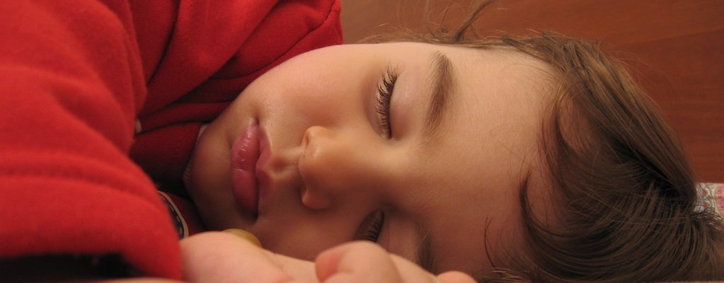 Summer and Kids' Sleep Schedules: How to Find a Happy Medium