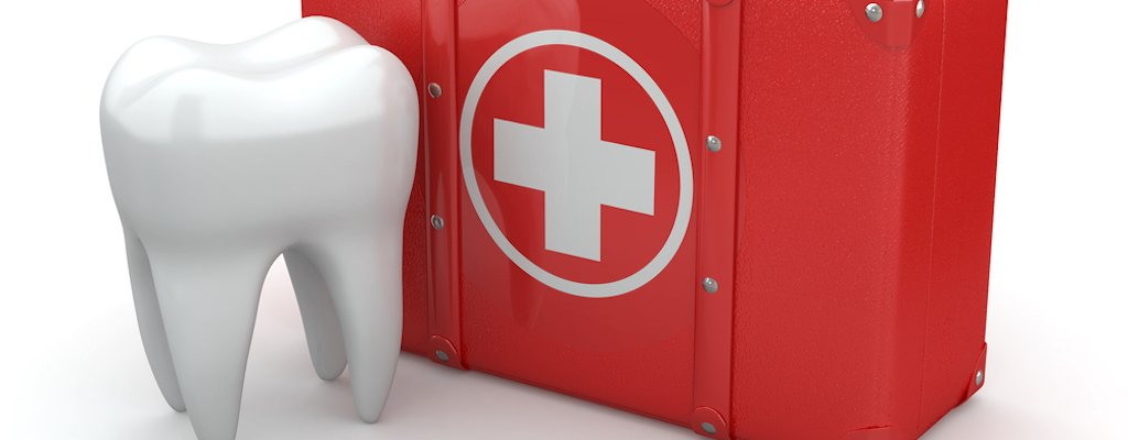 Emergency Room Dads: First Aid For Common Tooth Injuries