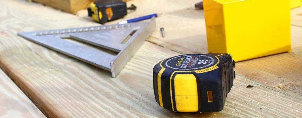 Top 5 must have Measuring Tools that Every Woodworker Needs