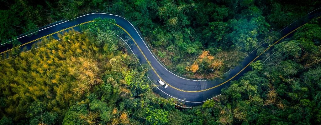 How to Drive on Rough, Uneven Roads